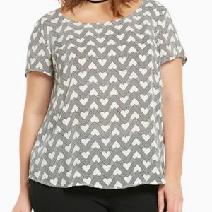 Torrid ZigZag stripes and heart Blouse